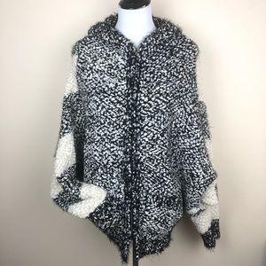 POL black & white popcorn knit sweater hoodie